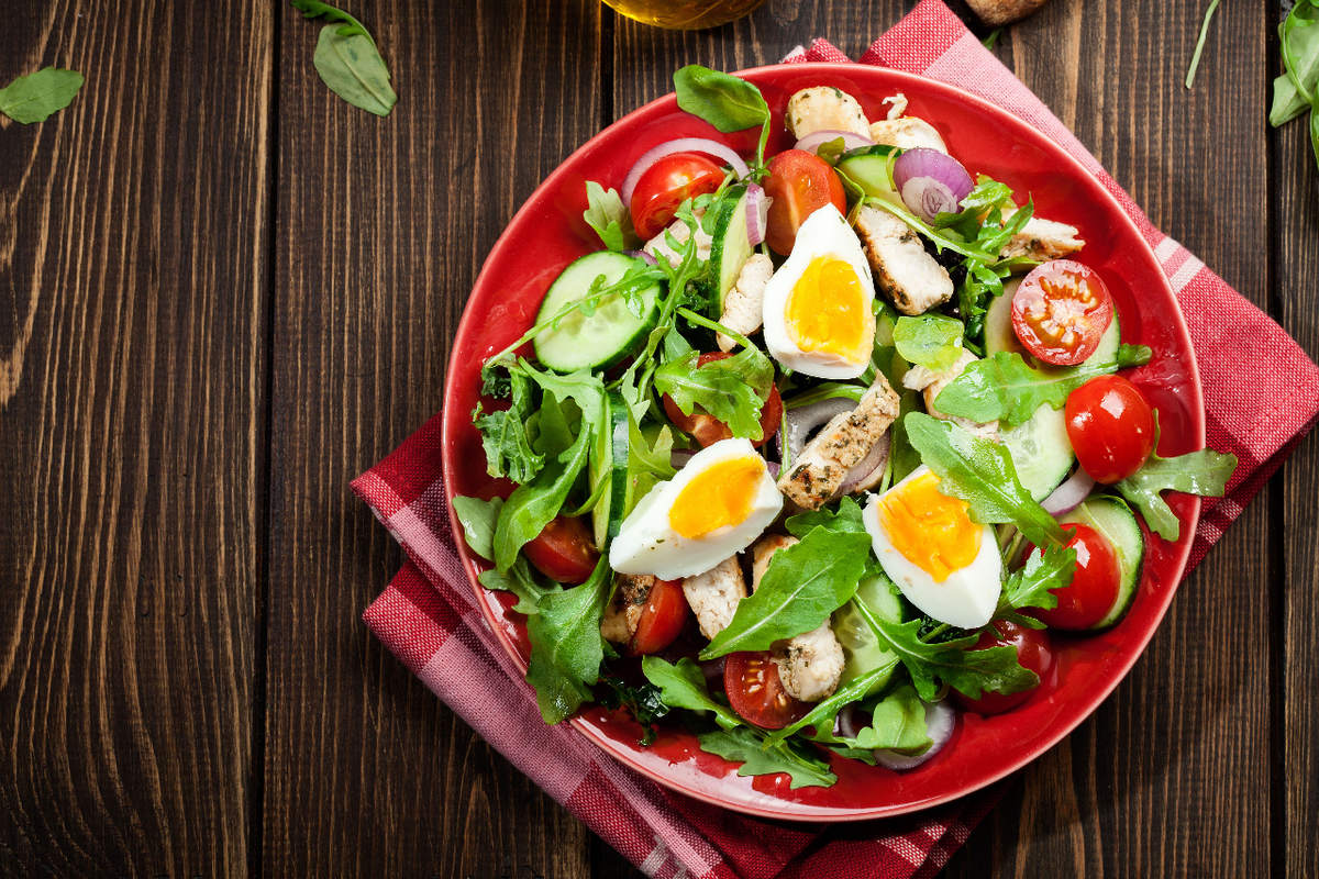 Salad with egg and chicken
