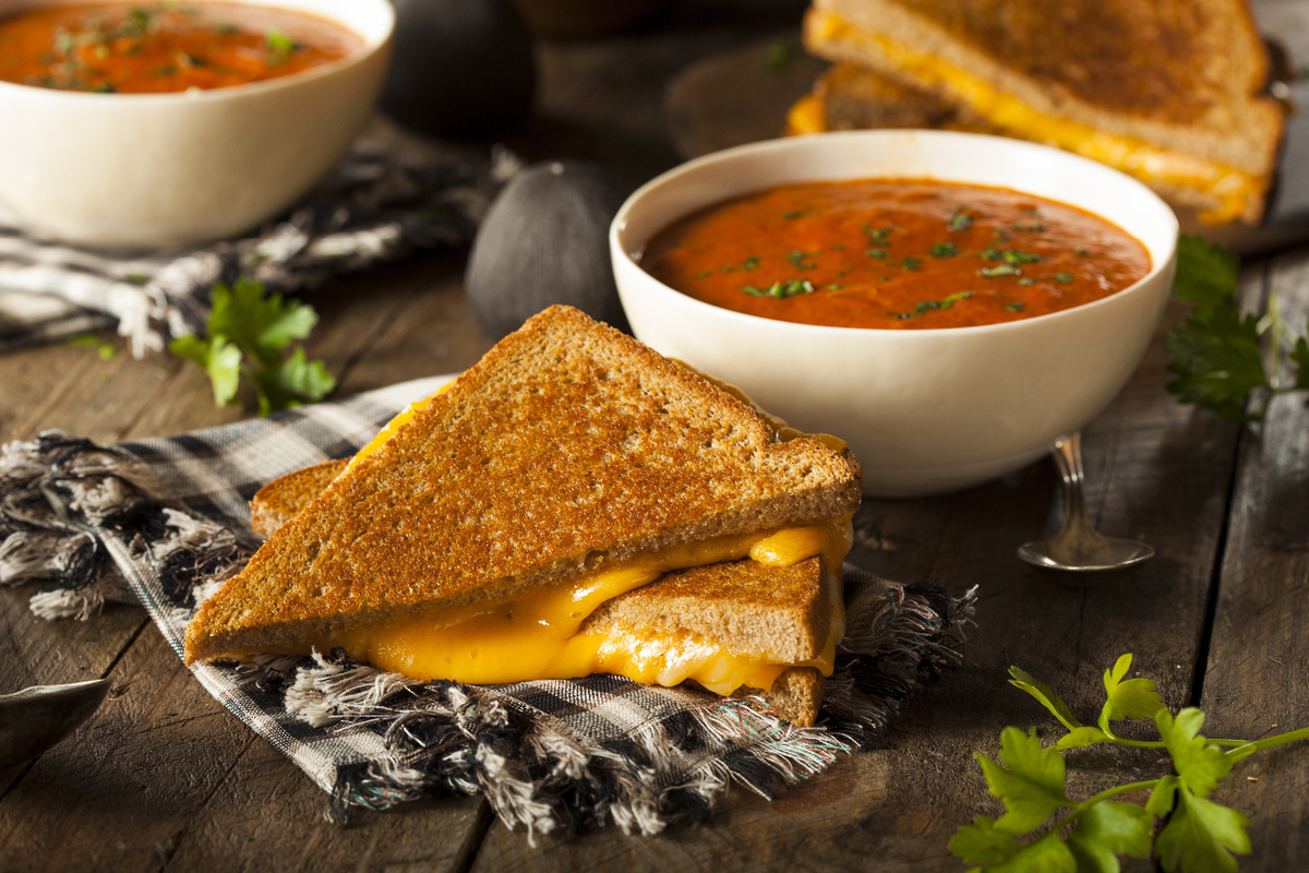 Grill cheese and soup