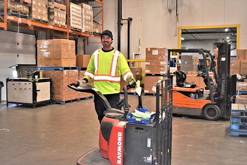 Flanagan Foodservice warehouse employee
