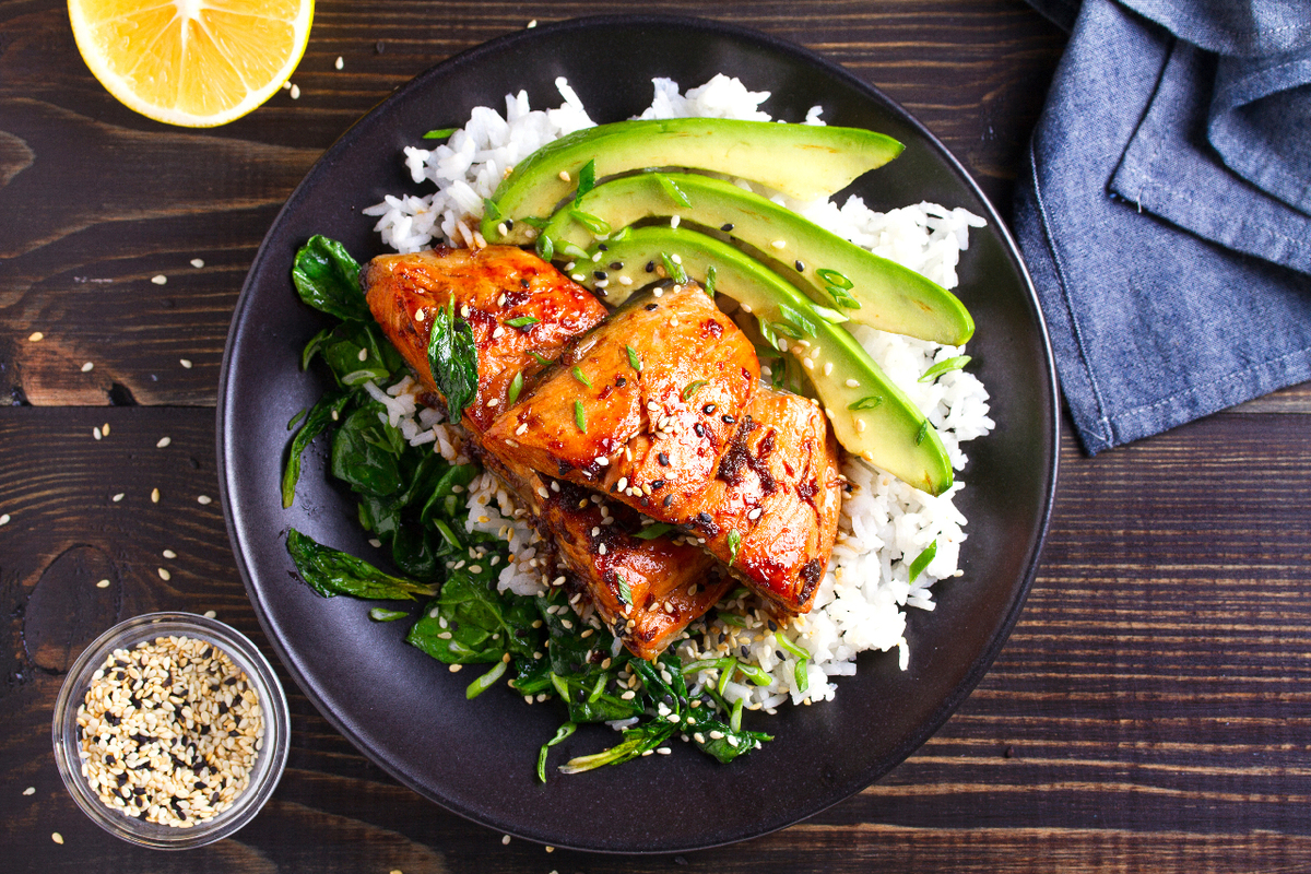 Salmon with rice, avocado and spinach